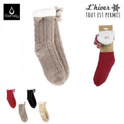 Grossiste et fournisseur. Chaussettes d'hiver torsadées pour femme avec pompons