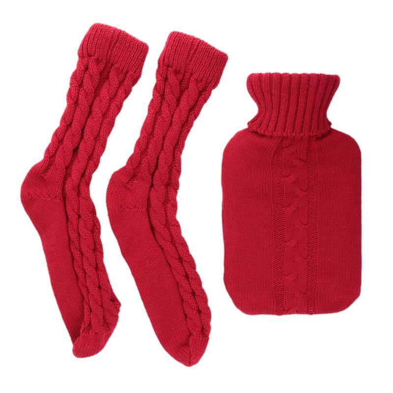 Grossiste et fournisseur. Bouillotte en laine de 1L et chaussettes côtelées rouge