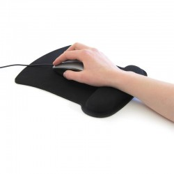 Mouse pad with wrist...